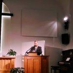 Pasākumu svētī Adventistu Liepājas draudzes vecākais Andris Treihlers